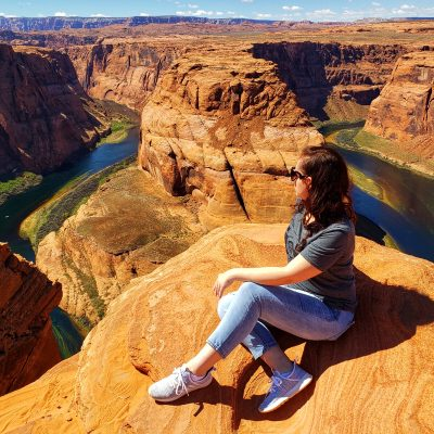 Horseshoe Bend in located in Page, Arizona. It is a beautiful horseshoe-shaped curve of the Colorado River. Here is what you need to know when you visit.